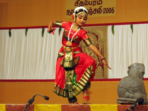 Юная ученица Сурьянарайанамурти завершала второй день фестиваля