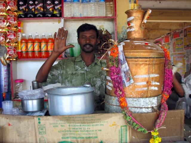 Ом намо Шивайя или добро пожаловать в Чидамбарам!  Самовар и впрямь как Шива-лингам
