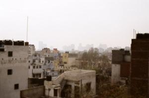 Вид на Дели с крыши отеля