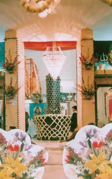 Шивалингам в храме