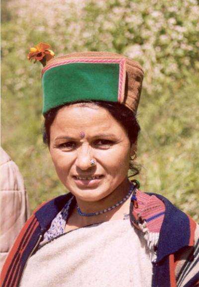 Женщина в Гималаях