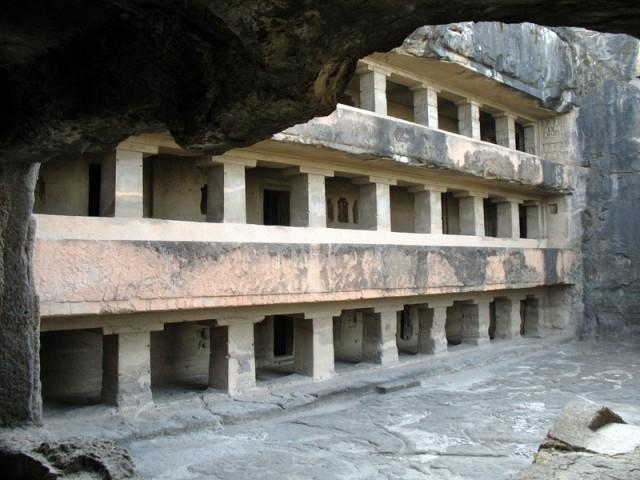 Пещерные храмы Эллоры
