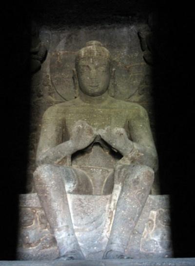 Эллора. Будда
