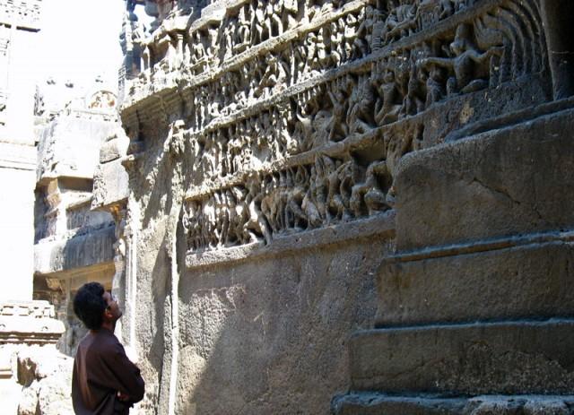 "Эллора. ""Рамаяна"" на стене храма Кайлас"