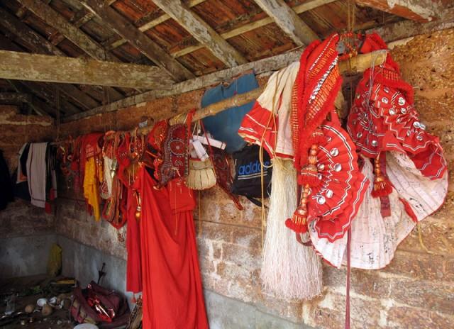Детали костюма богини Чамунди