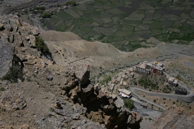 Вид на монастырь Ки