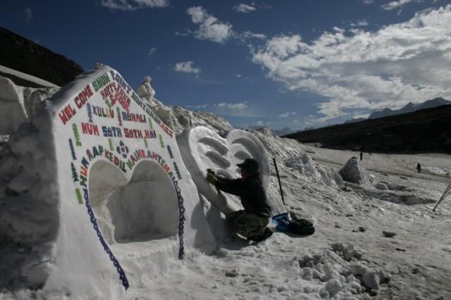 Первый перевал на пути из долины Куллу в долину Спити - перевал Рохтанг.