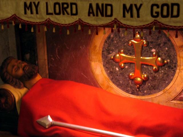 Надгробие в часовне гробницы Св. Фомы