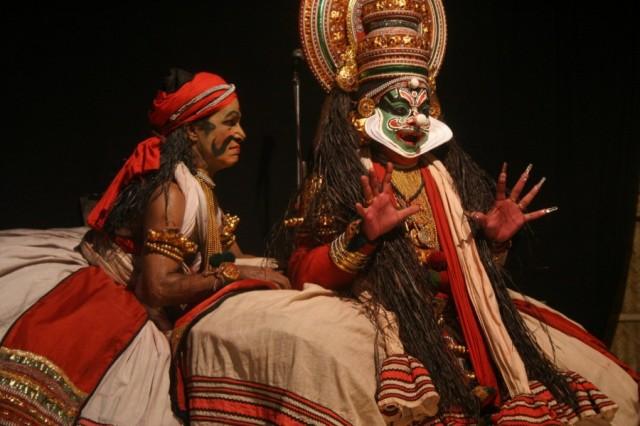 Кочин. Представление Катхакали.