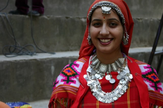 Традиционная одежда женщин долины Куллу
