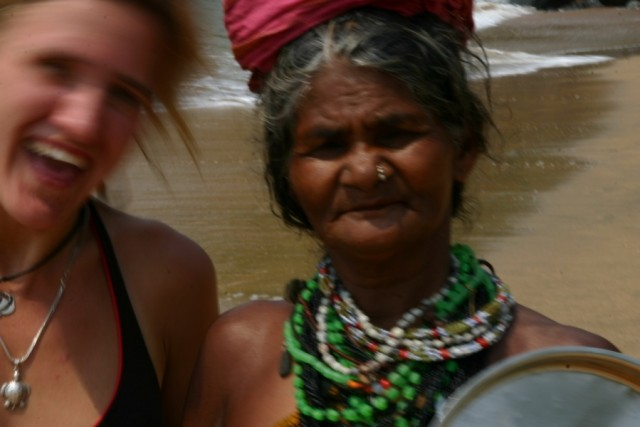 Гокарнская бабушка с пляжа Half moon