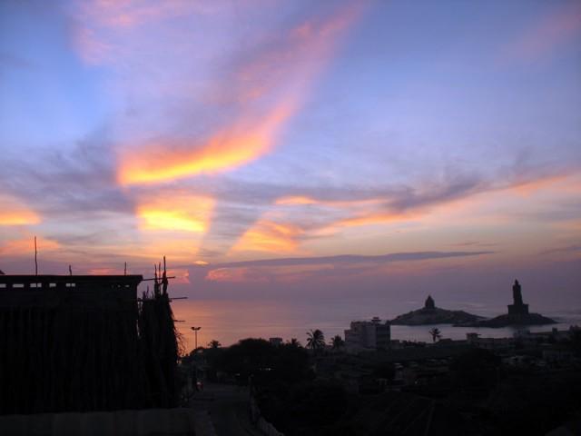 Наш первый рассвет в Каньякумари