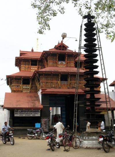 Храм Кришны в окрестностях Кочина