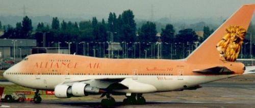 Самолет авиакомпании Alliance Air