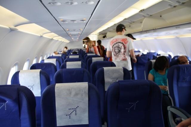 Самолет INDIGO