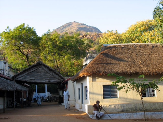 В ашраме Шри Раманы Махарши