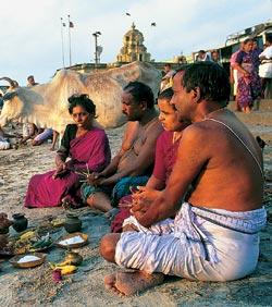 Здесь, в Рамешвараме, Рама молил Шиву вернуть ему любимую Ситу