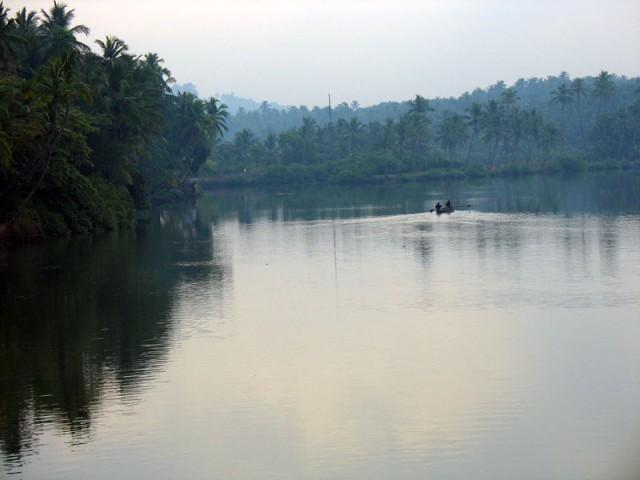 каналы в районе Каннура