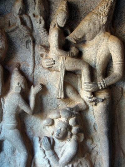 Вишну в образе Варахи (вепря) со своей Лакшми