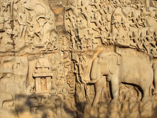 Фрагмент знаменитого рельефа «Аскеза Арджуны» (или «Нисхождение Ганги»)