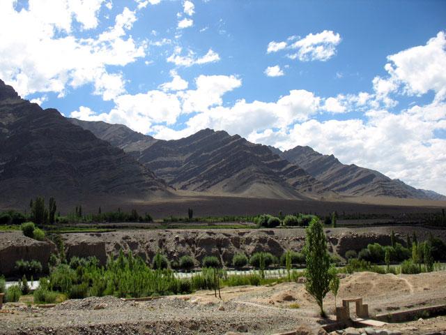 Виды по дороге в монастырь Такток (Ладакх)