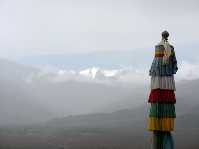 Вид с крыши монастыря. Тикси, Ладакх
