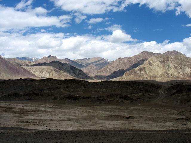 Виды в окрестностях Алчи, Ладакх