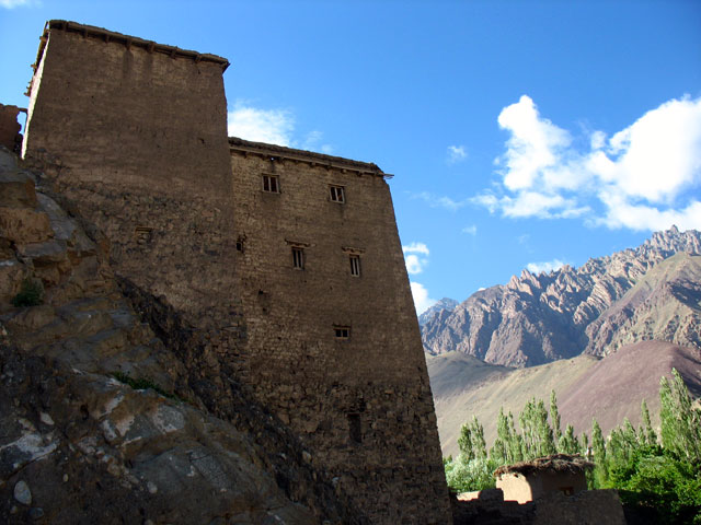 Стены старого дворца, Алчи, Ладакх