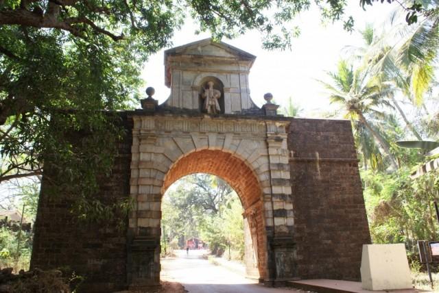 Триумфальная арка Viceroy's Arch