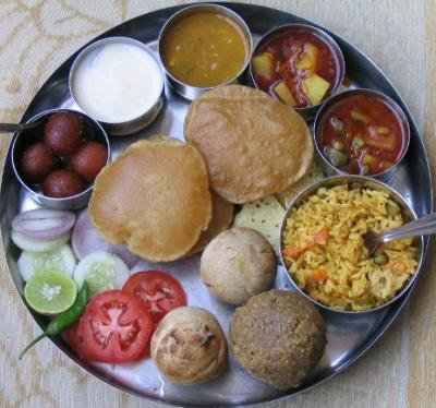 Тали (дежурный обед в индийских ресторанах)