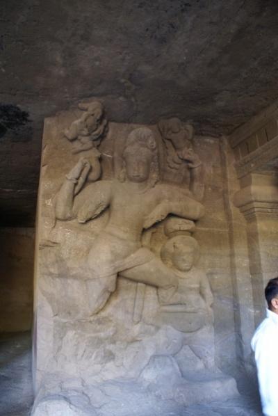 Сцены легенд из Шива-Пураны в малой восточной пещере