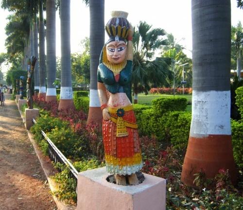 А это уже в парке Аурангабада. Вход платный 5 руп.