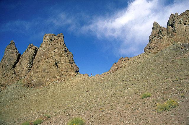 Скальные останцы в каньоне р. Сток.