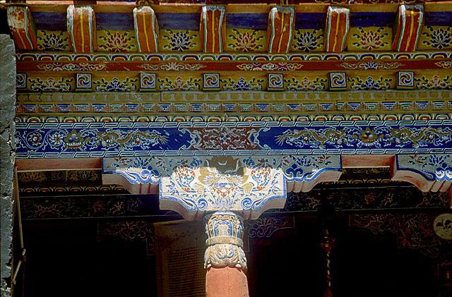 Монастырь Хемис. Фрагмент интерьера.