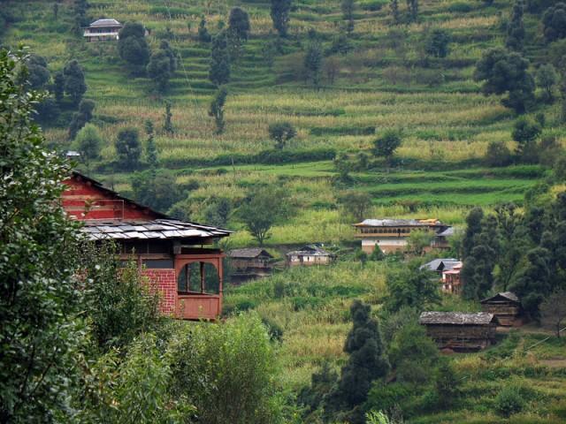 Домики и террасы в окрестностях Джиби