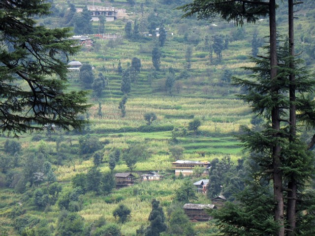Нравится мне этот чисто банджарский пейзаж с домами, вырастающими из земли словно грибы