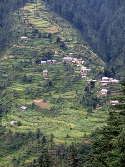 Террасы и домики в долине Банджар
