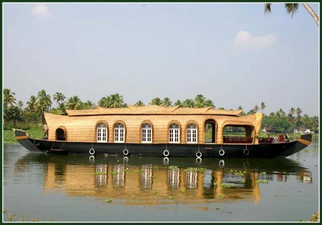 Хаусбот в Керале