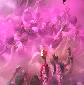 Фестиваль Холи в Инди