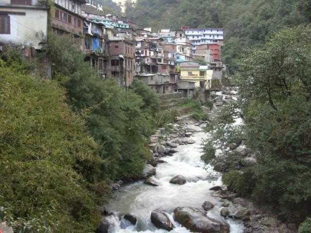 Священная река Ямуна в Гаурикунде