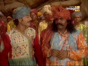 """""""Гляди-ка! Это - наши принцы!"""" - удивлялись одни"""