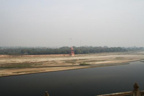 Вид на противоположный берег.