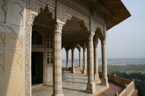 Еще балкон Джехана.