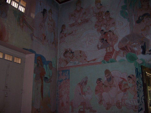 Сарнатх Фрески о Жизни Будды в Храме Мулагандхути Вихар