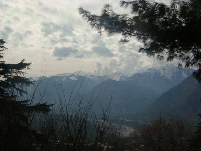 Вид долины из усадьбы