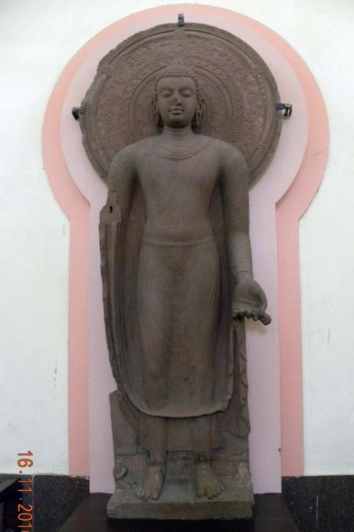 Очень известная статуя бодхисаттвы
