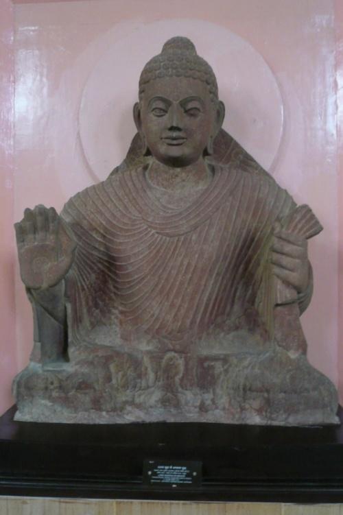 """Статуя будды - тоже очень """"раскрученная"""""""