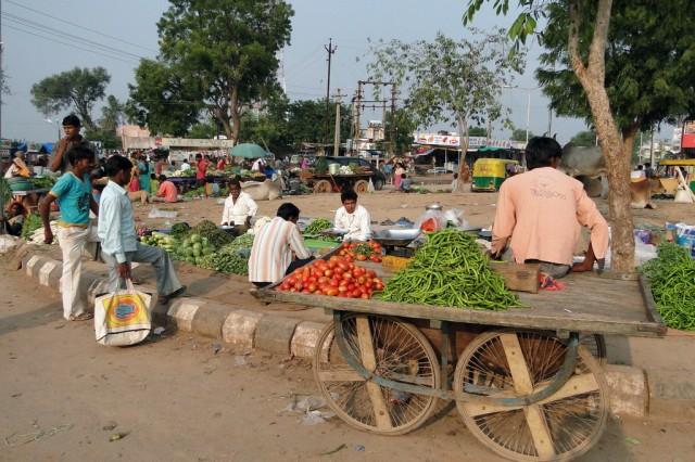 Овощной рынок в Адаладж