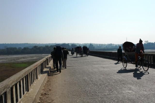 Мост между Индией и Непалом