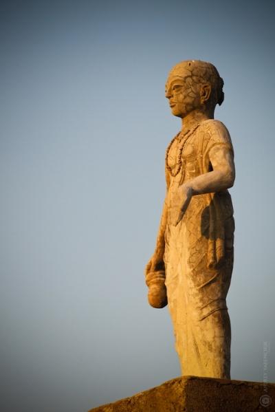 статуи 3